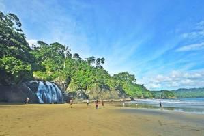 Air Terjun Banyu Anjlok makin keren ketika cuaca cerah seperti ini via IG @malangrayatour
