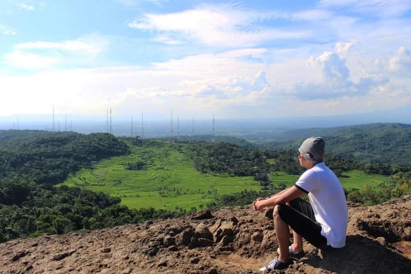 Gunung Nglanggeran di Gunungkidul, Yogyakarta Dengan Ketinggian 700 mdpl by IG @gogogogejs