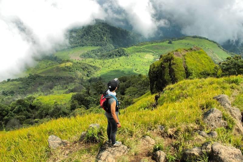Gunung Ungaran Di Semarang Dengan ketinggian 2.050 mdpl by IG @erlyfaradisa