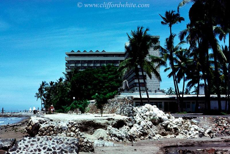 Bali Beach Hotel in Sanur Beach is the only luxury hotel in Bali at that time. Now it seems a lot of popping up luxury hotels in Bali huh?