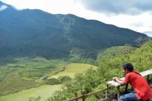 Gunung Galunggung Tasikmalaya by IG @alfian.massagony