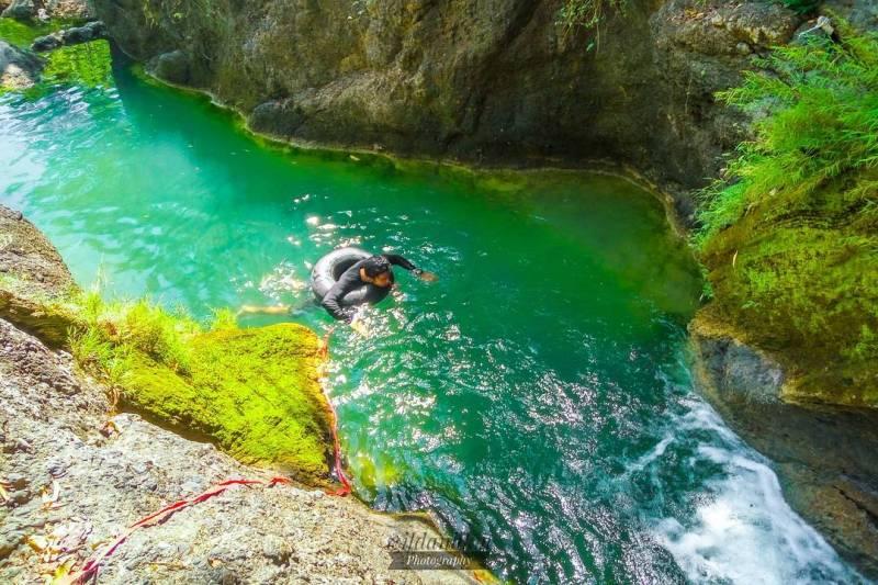 Ini adalah salah satu tempat wisata kolam alami di Tulungagung yang asik untuk berenang! by @wildanhkm