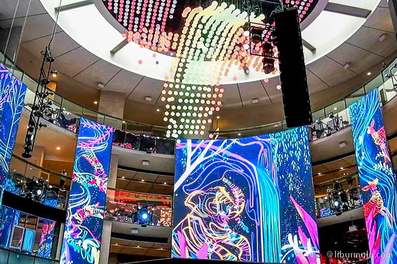 skyavenue mall - awesome sky symphony show