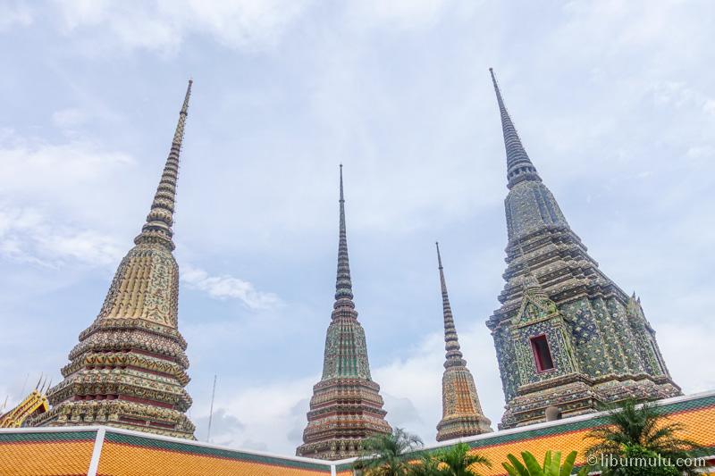 Bangkok adalah kota yang menarik untuk dikunjungi di musim liburan