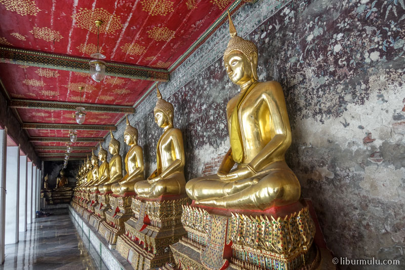Mengikuti Open Trip Bangkok adalah salah satu cara murah untuk menjelajah kota Bangkok