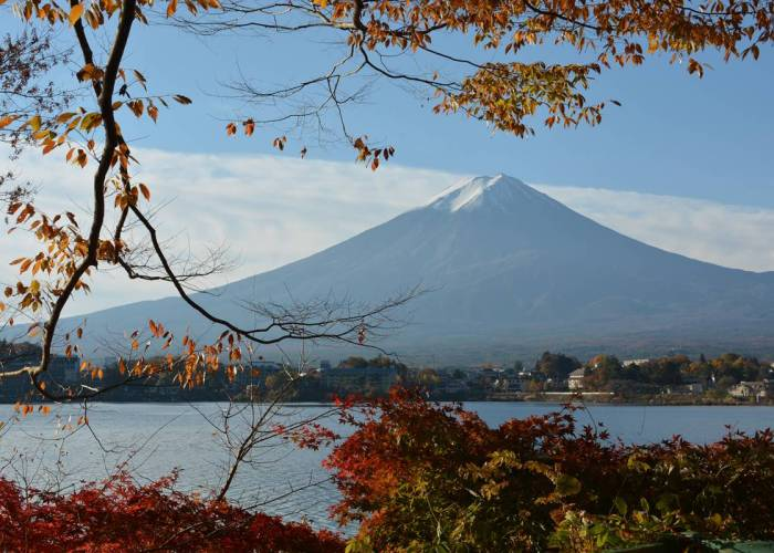 Suasana autumn di Jepang