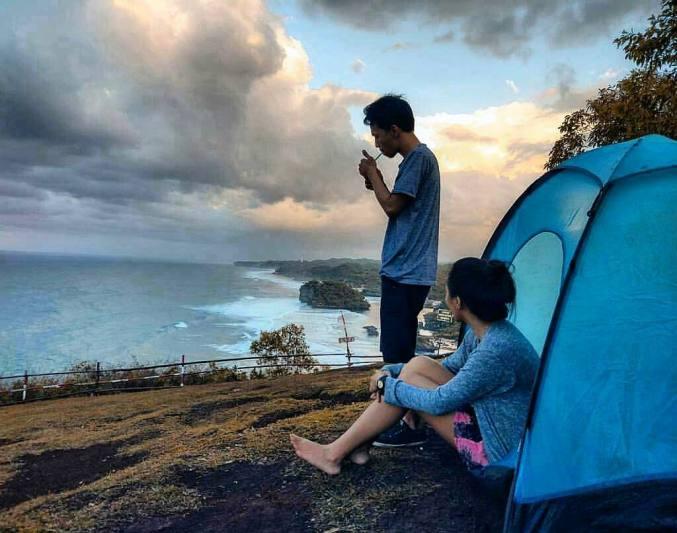 Jadi liburan selanjutnya mungkin kamu akan camping disini via @skova_trans