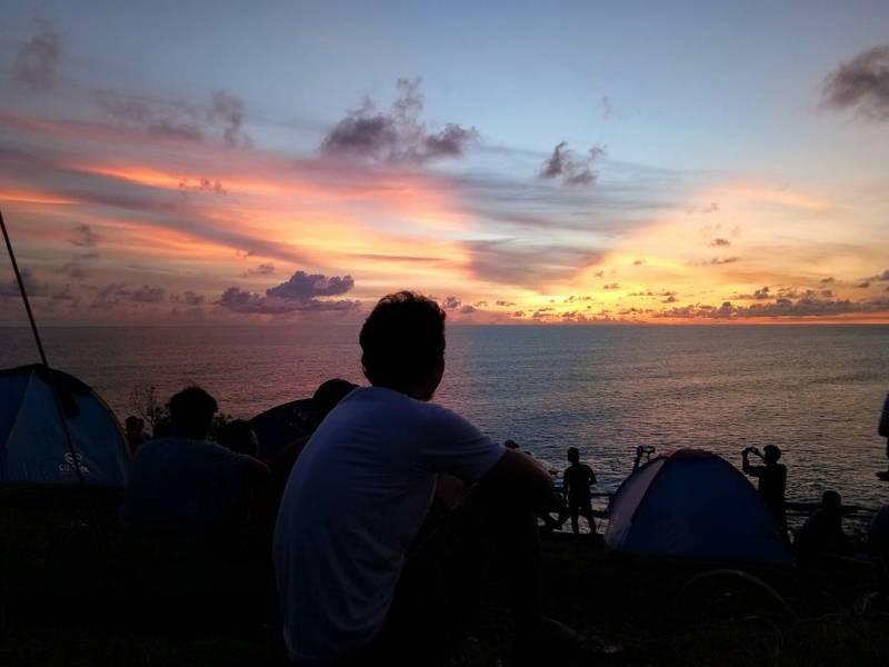 Kalau kamu mau camping di salah satu tempat wisata di Jogja ini, sebaiknya bersama teman akan lebih seru via @ajengfitri19