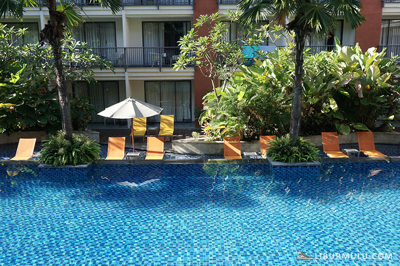 Pool Swiss Belhotel Tuban
