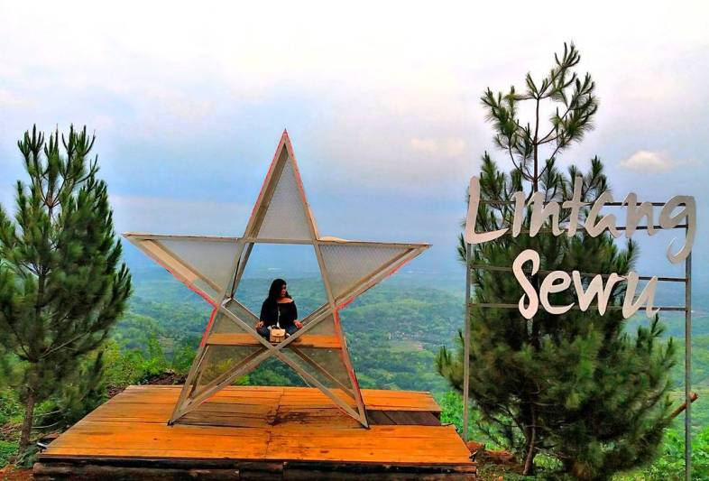Bukit Lintang Sewu, tempat wisata seru Jogja untuk liburan akhir pekan via @alfii_imiezh