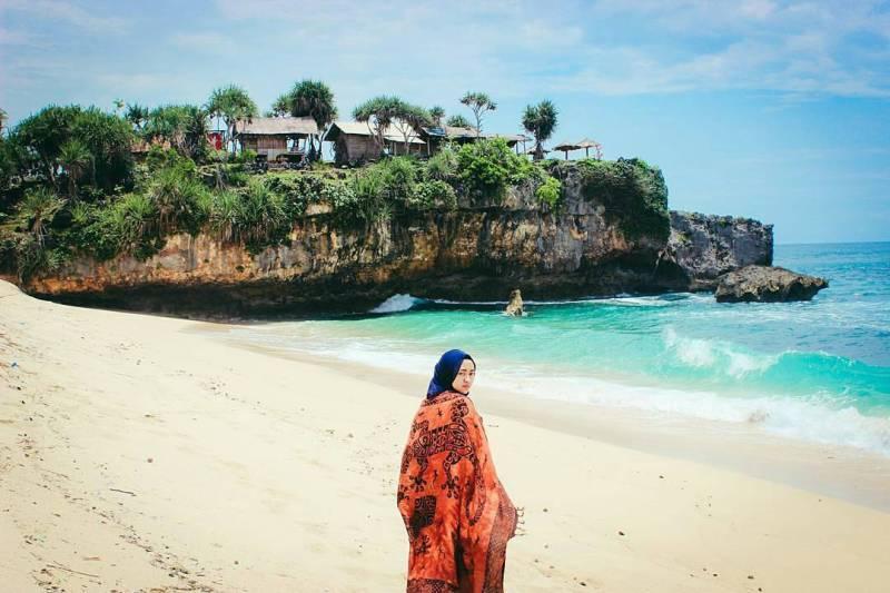 Di Pantai Watu Kodok Gunungkidul ini kamu bisa berburu banyak foto bagus! via @jogja.istimewa