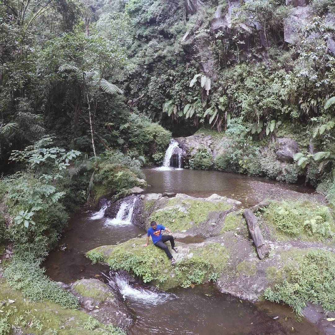 Yuk liburan ke Air Terjun Coban Trisula Malang! via IG @bendottetapsemangat