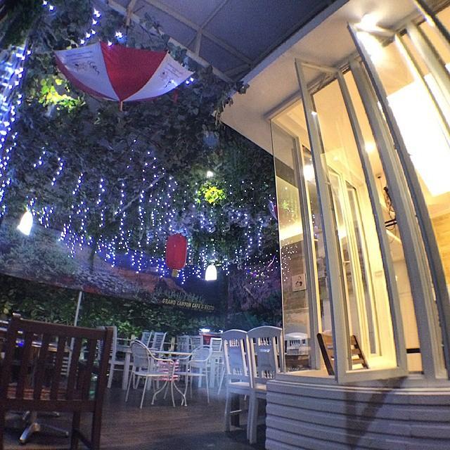 Grand Canyon Cafe And Resto ini cozy sekali via @hape1933