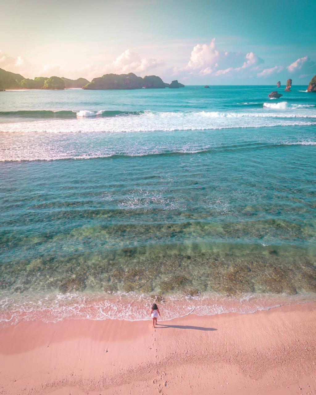 Pantai di Malang yang belum terjamah, Pantai Mini Malang.