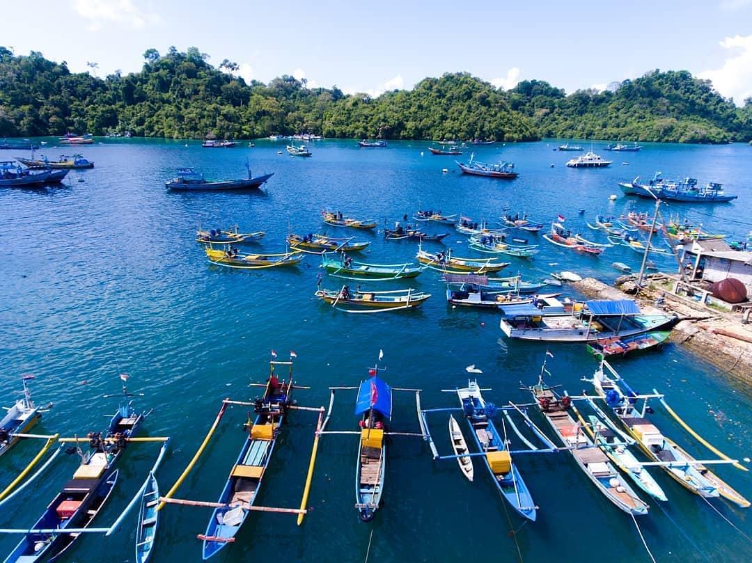 Pantai di Malang yang belum terjamah, Pantai Sendangbiru.