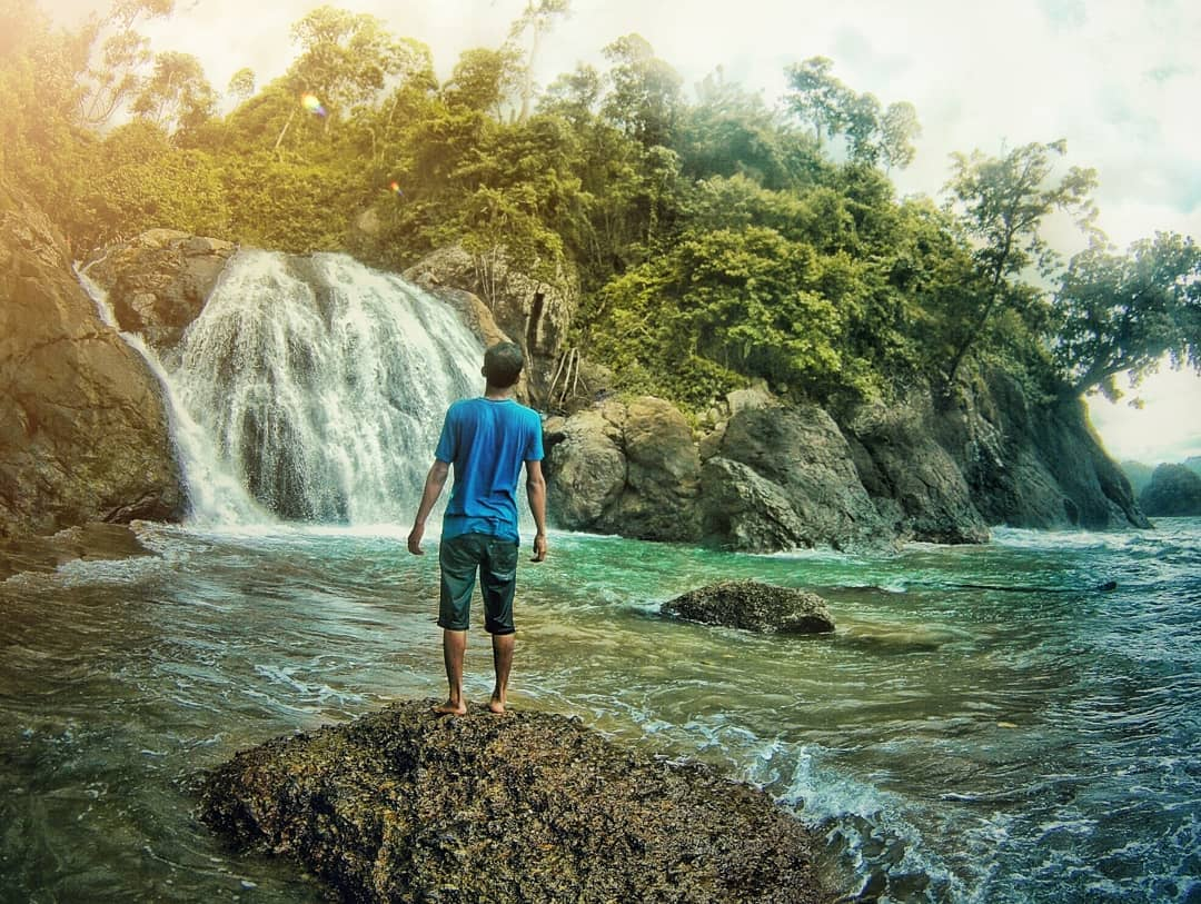 Pantai di Malang yang belum terjamah, Pantai Banyuanjlok.