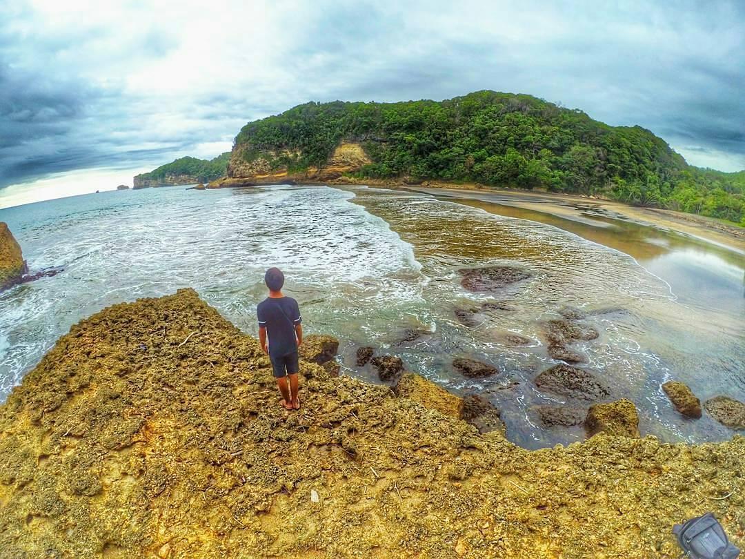 Pantai di Malang yang belum terjamah, Pantai Kidang.