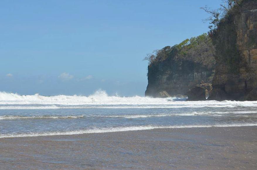 Pantai di Malang yang belum terjamah, Pantai Kondang Wetan.