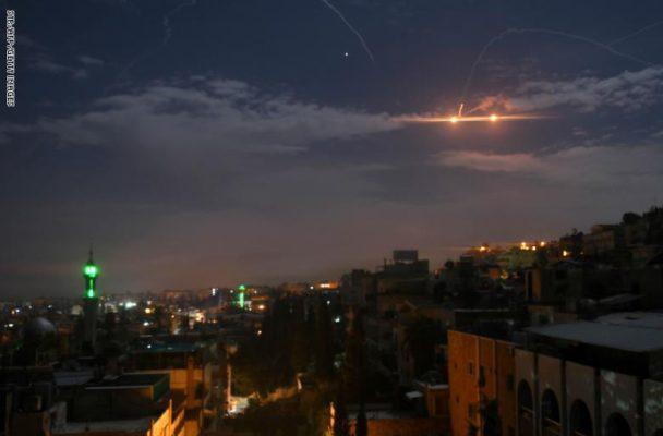 سلاح الجو يدمر أهدافا بينها طائرة شحن محملة بالأسلحة في