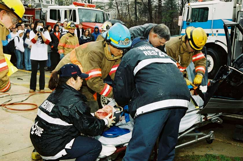 Firefighters and paramedics - Photo source: http://www.nhtsa.gov