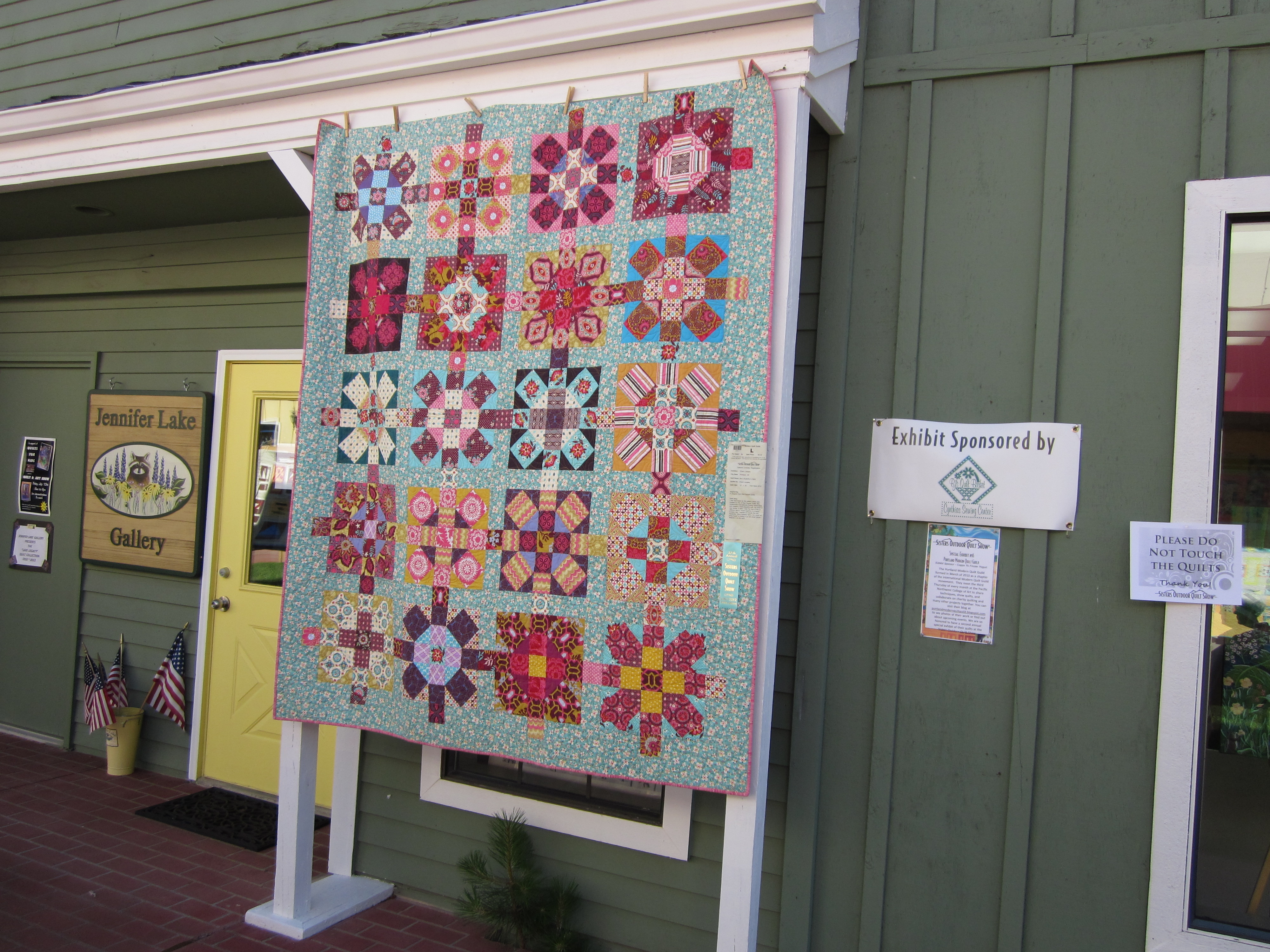 Sisters Outdoor Quilt Show Sheila Sinclair Snyders License To Quilt