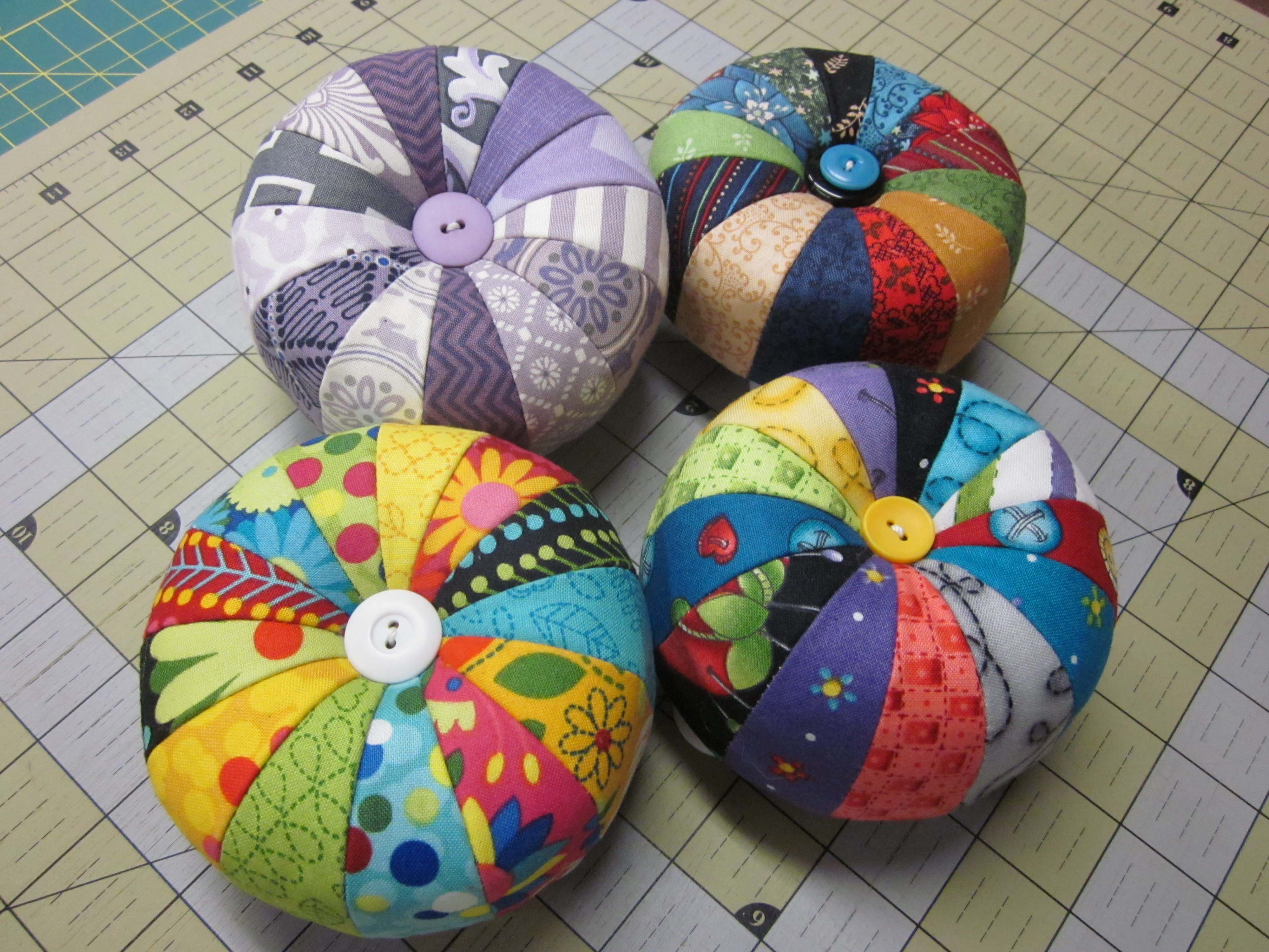Pincushion Kit Archives Sheila Sinclair Snyders License To Quilt