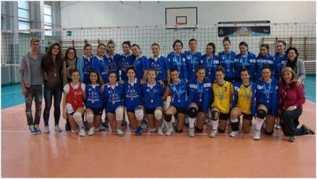 la_squadra_femminile_di_pallavolo 2012-13