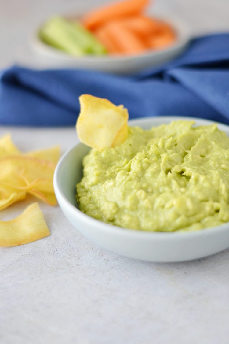 Guacamole with cassava chip