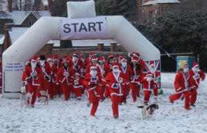 The 2010 Santa Fun Run in Lichfield