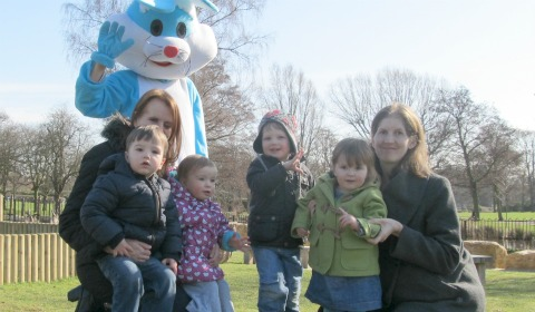 Rachel Martin, James Martin, Olivia Martin, Noah Boycott, Emily Pocock and Louise Pocock meeting the Easter bunny in Beacon Park