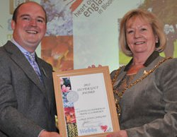 The Mayor of Lichfield Janet Eagland receiving the award