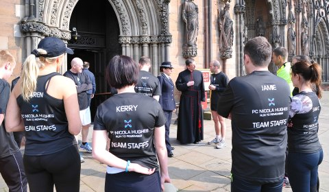Rev Cannon Andrew Stead, DCC Jane Sawyers, Ch Insp Phil Fortun and members of the Team Staffs runners