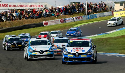 Ant Whorton-Eales leads the pack at Knockhill. Pic: Jakob Ebrey Photography