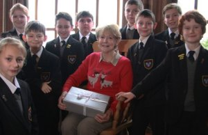 Jennifer Shakespeare with pupils from Maple Hayes Dyslexia School