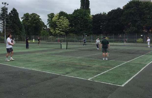 Beacon Park tennis courts