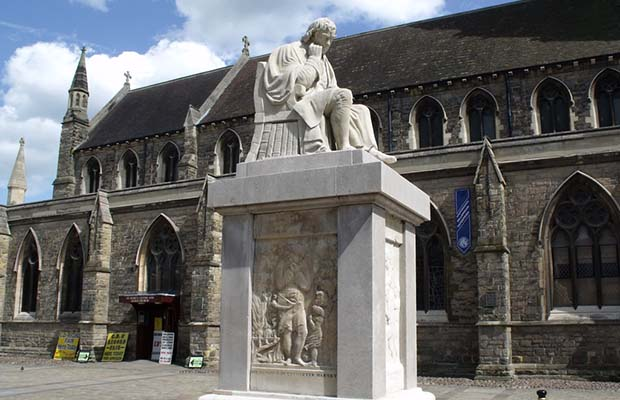 The Samuel Johnson statue in Lichfield