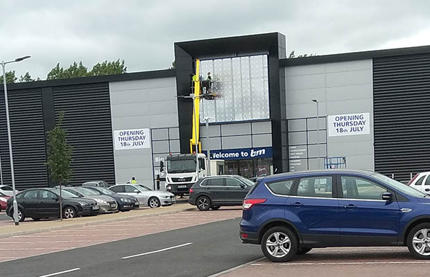 Signage going up at the new B&M store in Lichfield
