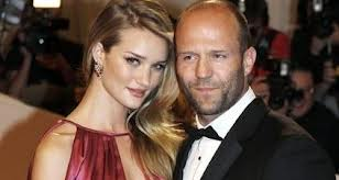Jason Statham a Rosie Huntington Whiteley datovania od roku