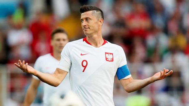 world-cup-2018-bi-kich-da-xay-den-voi-nhung-doi-bong-mot-nguoi-2