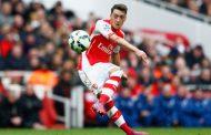 Meust Ozil từ chối tới PSG