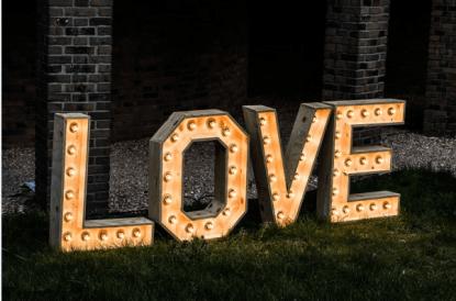 Lichtletter Love