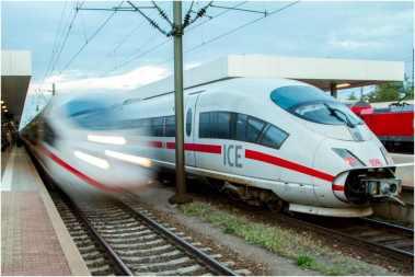 09_02_Lichtwert-MA_02-2014_Stefan-Leibrock_03-Am Bahnhof-Foto