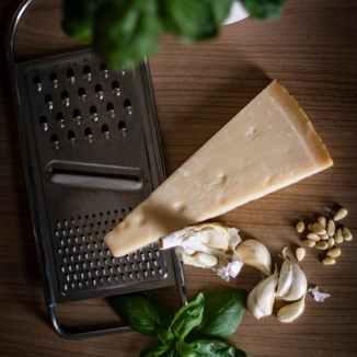 parmesan-garlic-baslikium-pine-nuts