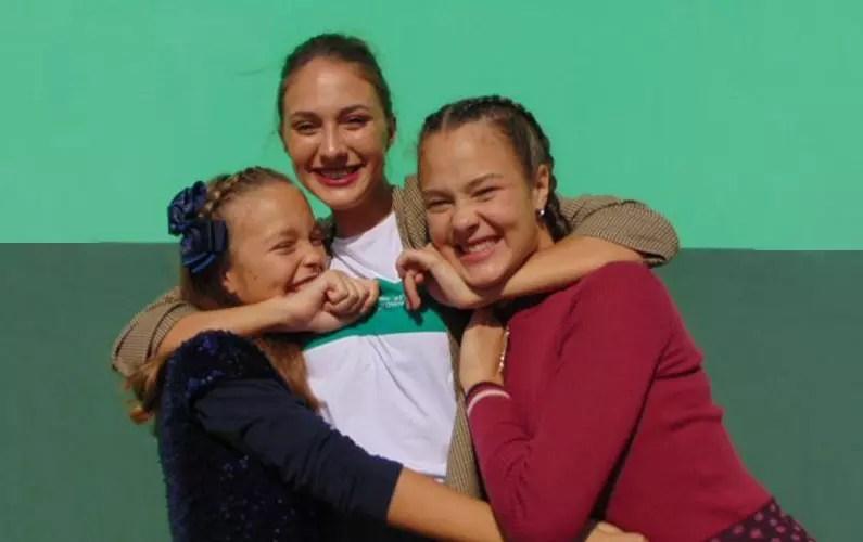 tri sestre se vole
