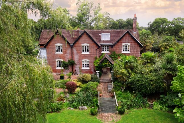 Poa detached house for sale forest drive, keston park, kent br2. Homes For Sale In New Forest Buy Property In New Forest Primelocation