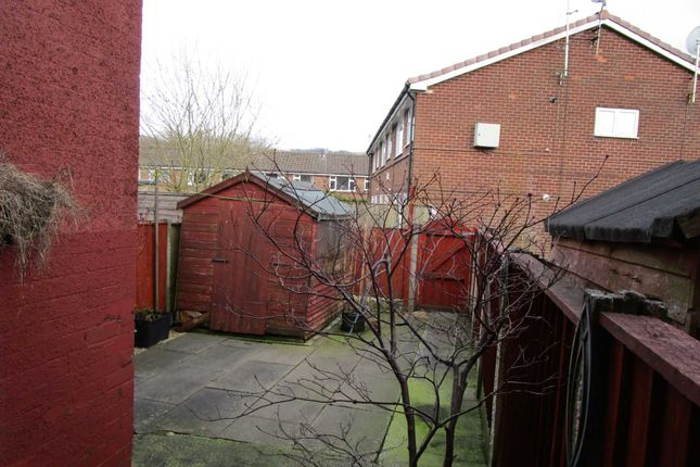 Milnrow Road Shaw Oldham OL2 2 Bedroom Terraced House