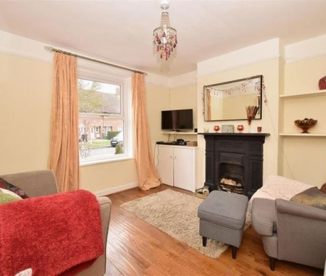 Semi Detached House For Sale In Gifford Road Bosham Chichester West Sussex