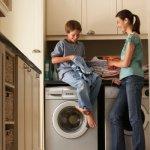 Como enseñar a los niños a ayudar en casa