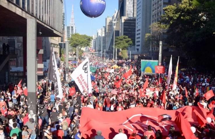 São Paulo registra maior manifestação contra Bolsonaro na Paulista