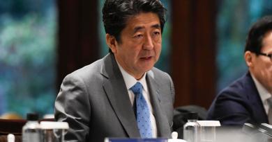 Celebra primer ministro de Japón contención de EUA tras ataque con misiles de Irán